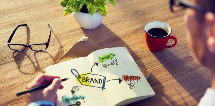 Tematy prac licencjackich z marketingu – które są najłatwiejsze?
